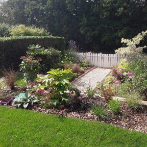 Conception, Green Hand co,GHC, création espaces verts, entretien espaces verts, travaux de plantation, aménagement jardin, réaménagement jardin