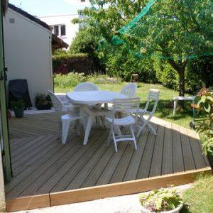 Terrasse bois, sur mesure, Green Hand co,GHC, création espaces verts, entretien espaces verts, travaux de plantation, aménagement jardin, réaménagement jardin